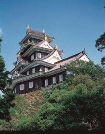 展望室からは日本三大名園の1つ後楽園が見える