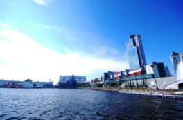 大阪南港に立地している開放的なスペース