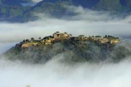 雲海に包まれた幻想的な竹田城跡