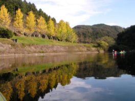 カヌー体験もできる大原湖