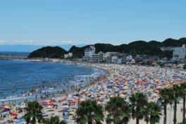 日本の渚百選にも選ばれた透き通った水のビーチ