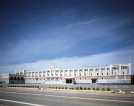 建物の外装にもトリックアートが使われている