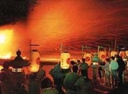 弓削の火祭り