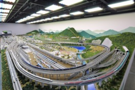 人気の高いプログラムや人気車両の競演がジオラマで実現