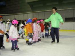 楽しいスケート火曜教室