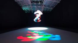 「アート+コム/ライゾマティクスリサーチ 光と動きの『ポエティクス/ストラクチャー』」