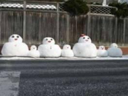 津軽くろいしみんなの雪だるま2017