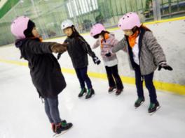 レッツ・チャレンジ!アイススケート!-すべってとんで氷のリンクを駆け巡ろう!