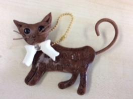 革で作る 猫のバッグチャーム