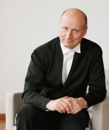 パーヴォ・ヤルヴィ指揮 マーラー「悲劇的」 NHK交響楽団 横浜スペシャル