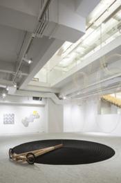 アーツ前橋企画展「加藤アキラ 孤高のブリコルール」関連イベント「田中泯 ダンス『物とカラダの間で』」