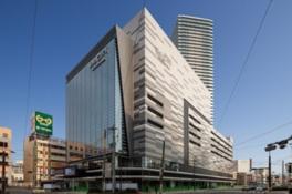 広島の新しいランドマークとなった複合ビル