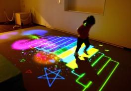 魔法の美術館 ~見て、ふれて、遊べる体感型アート~