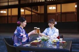 こだわりのメニューとビールで乾杯