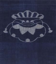 農家の女性の仕事として拡大した弓浜絣。戦後まで庶民の普段着の素材として用いられた
