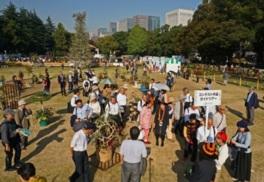 全国から出品されたコンテスト作品約200点が日比谷公園に集結