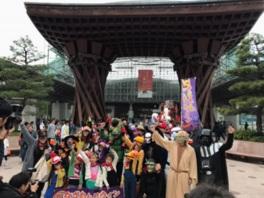 金沢駅周辺をはじめ市内のいたるところでイベントがある