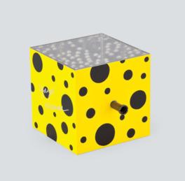 草間彌生の「MIRROR BOX(B)」