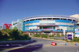 大阪や和歌山からも客が集まる、近畿圏最大級のショッピングセンター