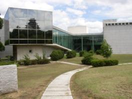 兵庫県立歴史博物館外観