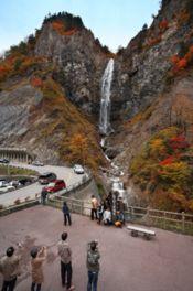 ふくべの大滝は林道開設によって日の目を見た幻の滝とも言われる