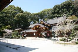 現在の社殿は1902年に再建されたもの