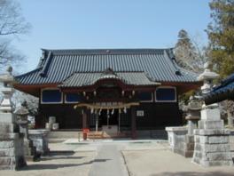 主祭神にちなみ、北の社殿上空に北極星が輝くように社殿が建立されている