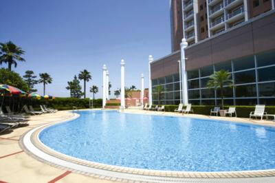 【プール】東京ベイ舞浜ホテル クラブリゾート 屋内&屋外プールオープン