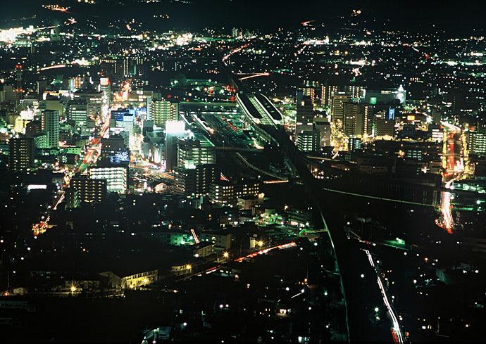 各展望台から福島市街の夜景を楽しもう