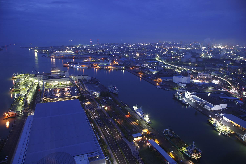 31階にある展望室は日本海随一の高さを誇る