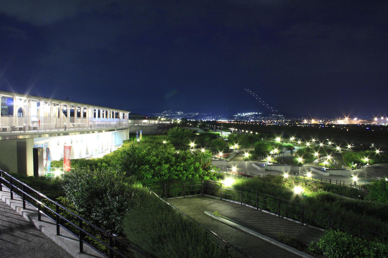スターライトパスや園内噴水のライトアップは年中行われる