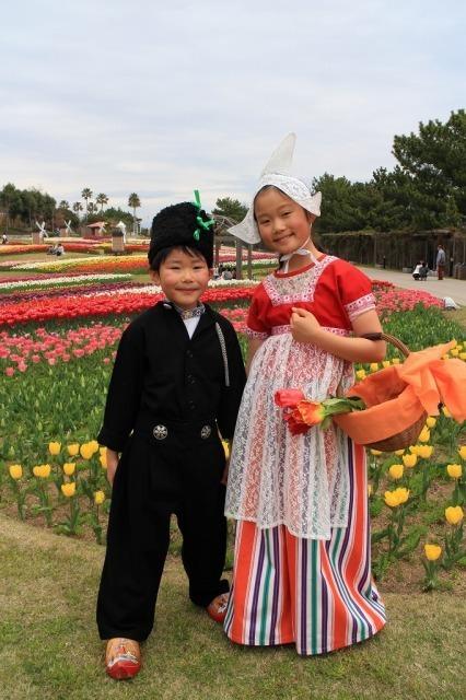 淡路島国営明石海峡公園 オランダ衣装体験