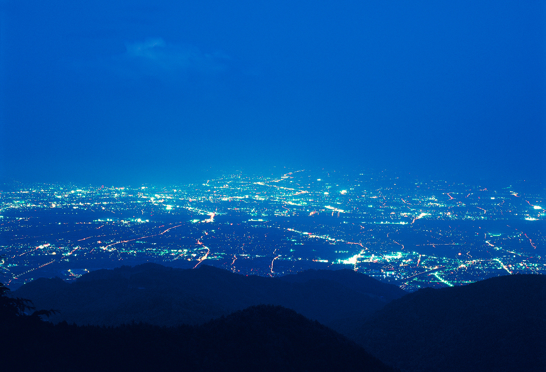 甲府盆地の夜景を一望できる
